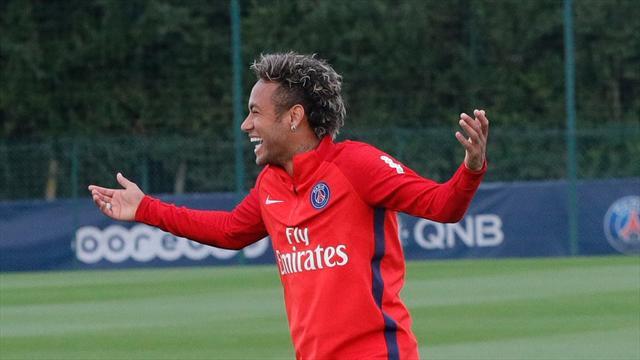 Le PSG tweete une photo de Neymar tout sourire pendant la défaite du Barça...