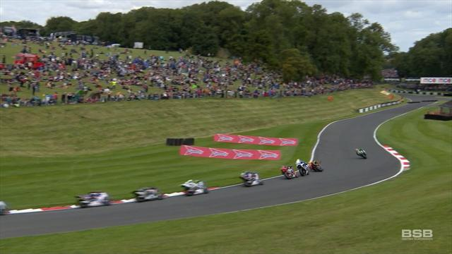 How did he control that! Byrne shows incredible balance to prevent crash