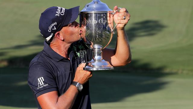 Stenson sets tournament record with Wyndham win