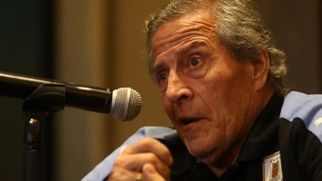 El Maestro Tabárez dio la lista para recibir a Argentina