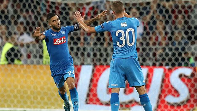 Napoli ease into Champions League group stage