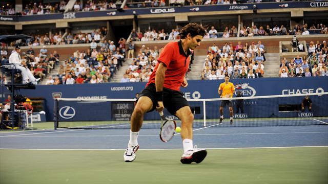 Il leggendario tweener di Federer nella semifinale 2009 con Djokovic