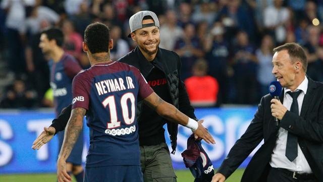 PSG sink St Etienne as NBA great Curry roars on Neymar