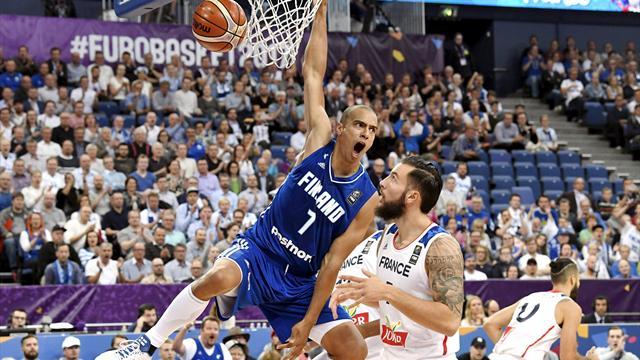 Euro de basket : les Bleus battus d'entrée par la Finlande