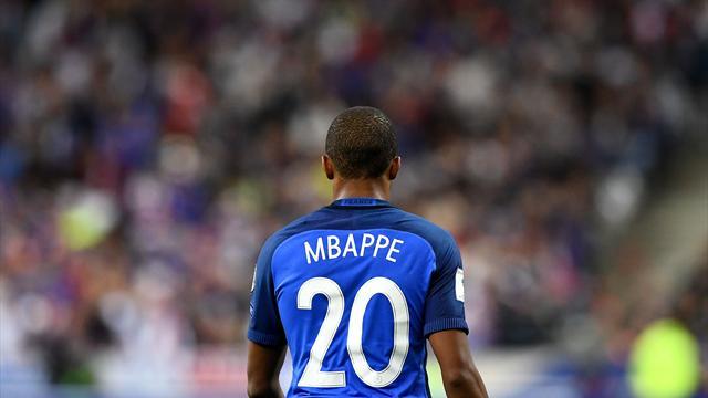 Mbappé titulaire à droite, seul changement de Deschamps