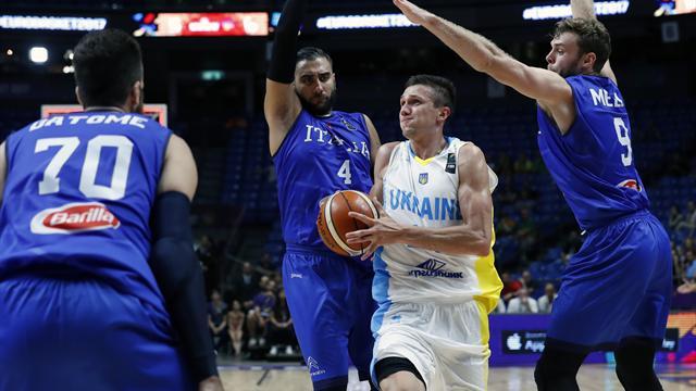 Украина проиграла второй матч подряд на Евробаскете