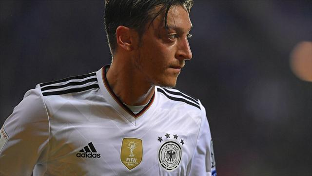 Paper Round: Atleti want Ozil if Man Utd target leaves in January