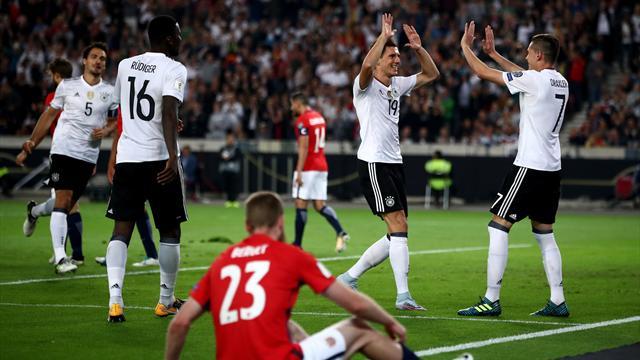 Alemania e Inglaterra ganan y se acercan al Mundial 2018