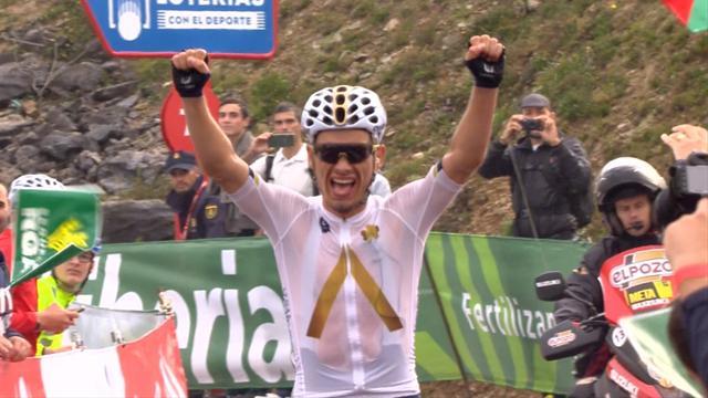 Очень сколький финиш 17-го этапа «Вуэльты», на котором чудом обошлось без падений