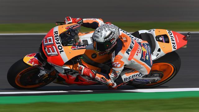 Moto GP, Marquez beffa Petrucci all'ultimo giro. Dovizioso chiude il podio