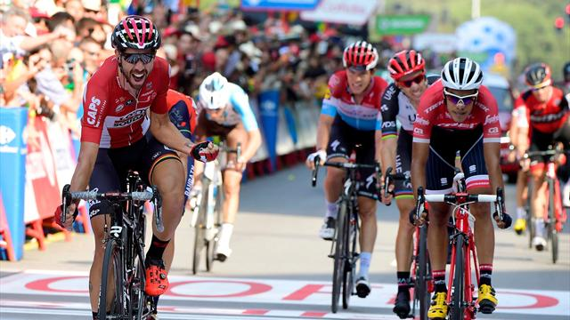 La Vuelta 2017 (19ª etapa): De Gendt despierta de su sueño al 'guaje' Cortina