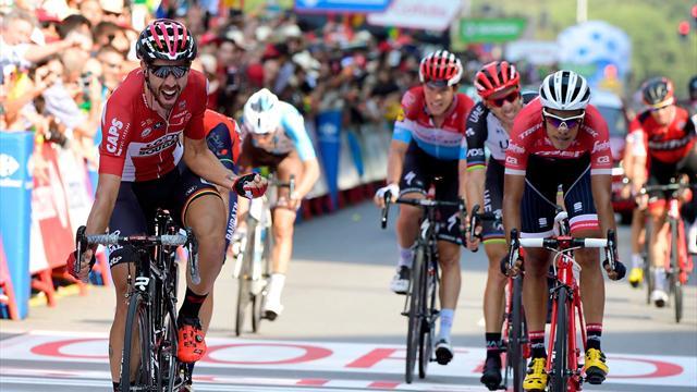 De Gendt grabs Stage 19 in thrilling sprint finish