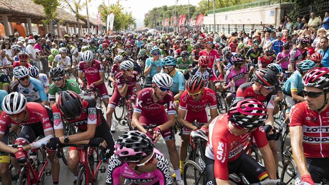 Tilskuer døde i krasj under Vuelta-etappe