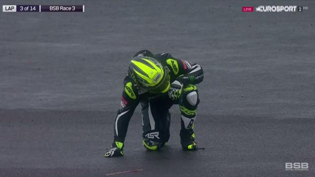 Only 7 riders finished BSB race 3 at Silverstone – here's why