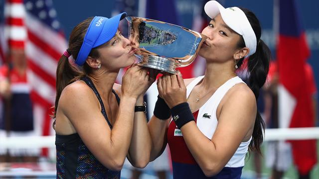 Hingis wins 25th Grand Slam title with doubles triumph