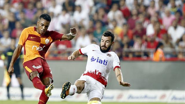 Galatasaray'ın ilk firesi Antalya'da