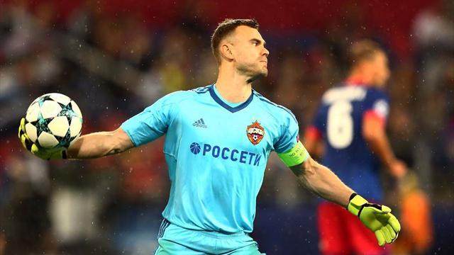 Акинфеев пропустил в 40-м подряд матче группового этапа Лиги чемпионов