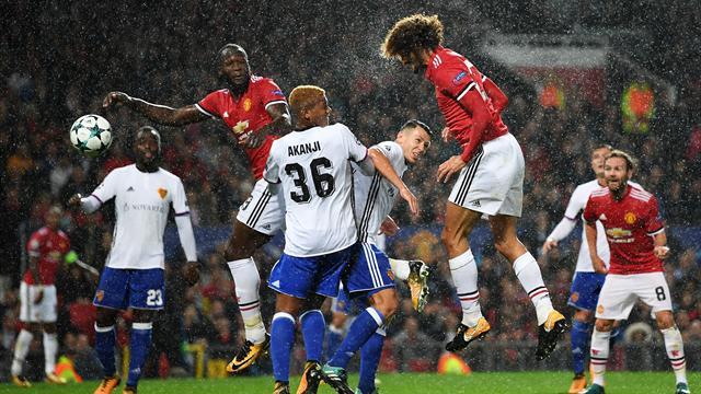 Fellaini stars as United beat FC Basel on return to top table