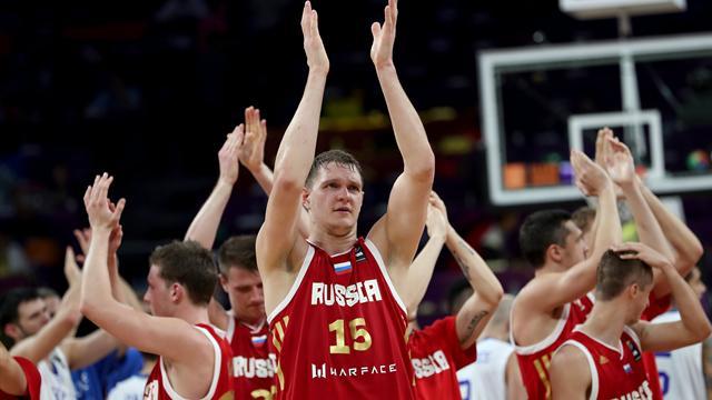 Eurobasket 2017 (cuartos de final), Grecia-Rusia: En manos de Shved (69-74)