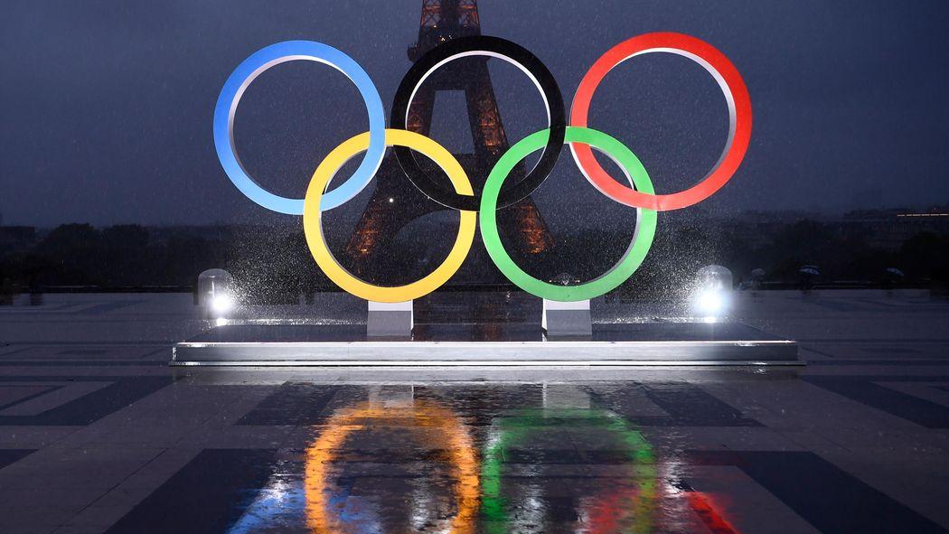 6a20703e9a8ed3 Des anneaux olympiques géants illuminés au Trocadéro - Jeux Olympiques 2024  - Jeux Olympiques - Eurosport