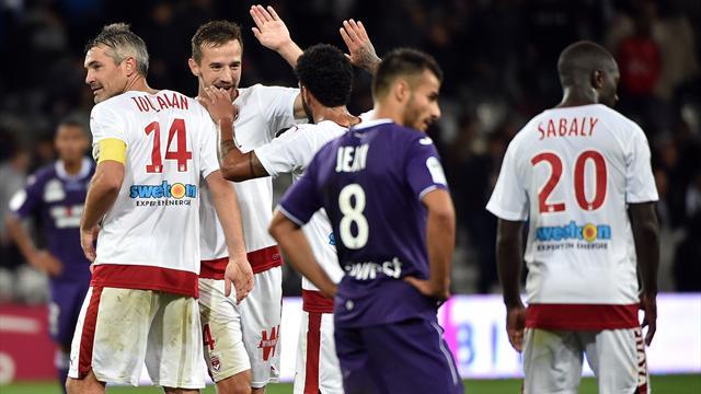 Malcom hisse Bordeaux sur le podium