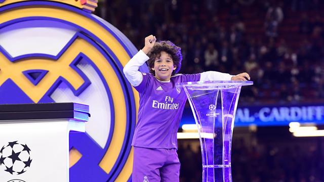 7-летний сын Марсело оформил хет-трик в дебютном матче за детскую команду «Реала»