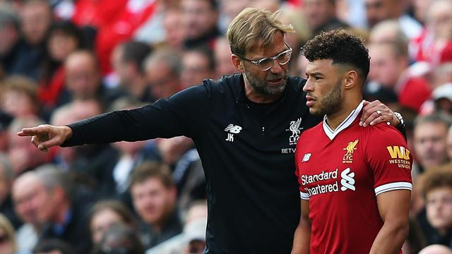 Team News: Oxlade-Chamberlain makes first Liverpool start as top sides ring changes