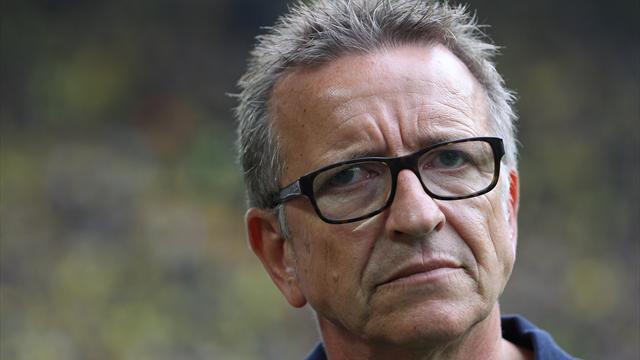 Wieder verloren: Meier beim FCK mit dem Rücken zur Wand