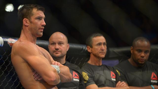 Рокхолд расправился с Бранчем в главном бою UFC Fight Night 116