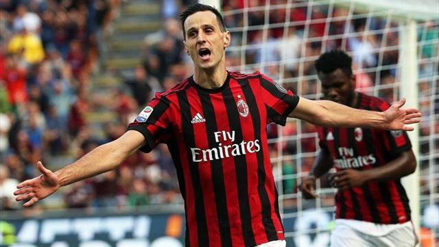El Nápoles arrolla 6-0 al Benevento y el Milan no falla ante el Udinese (2-1)
