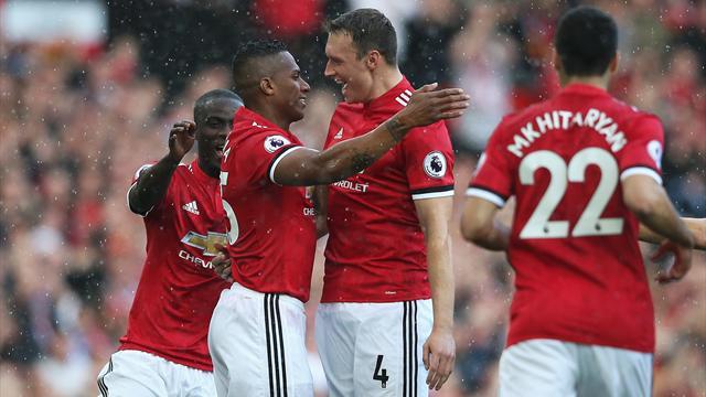 4-0: trionfo del Manchester United nel giorno del ritorno di Rooney all'Old Trafford