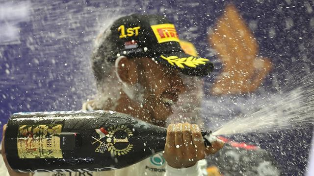 Singapore Grand Prix: Hamilton victorious in chaotic night race