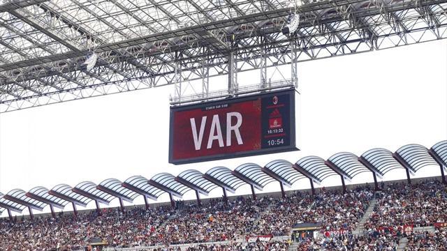 Dall'epoca pre all'epoca post VAR: come sta cambiando (in meglio) il calcio