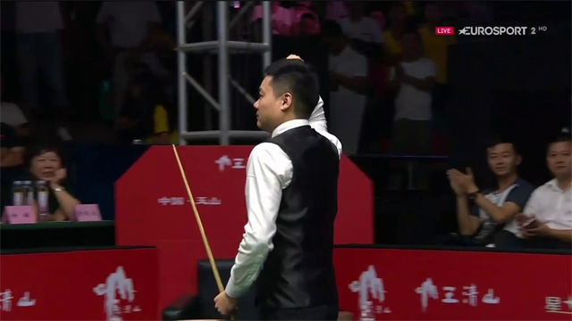 And the winner is... Ding Junhui! Il cinese batte Wilson 10-3 e si prende il World Open 2017