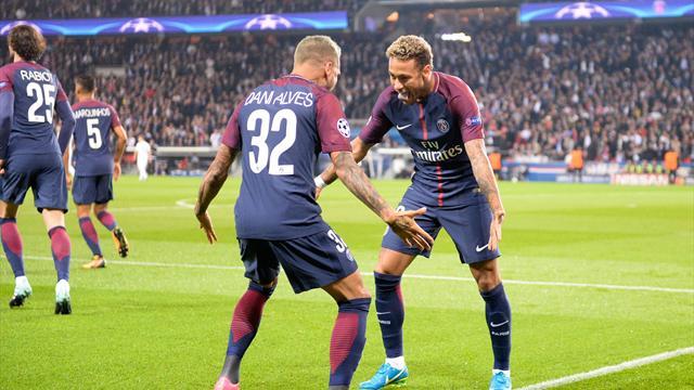 Neymar, Cavani y Alves golean al Bayern, la Juventus cumple en Turín y el United se ensaña en Moscú