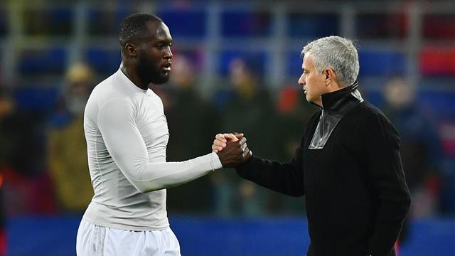 Mourinho praises 'humble' Lukaku