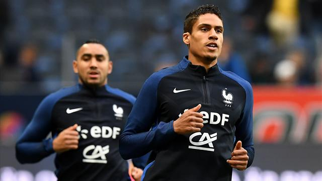 Gêné par son adducteur, Varane a participé à un entraînement aménagé avec les Bleus