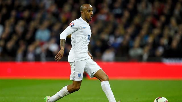 Delph returns for England, Alli included despite possible ban