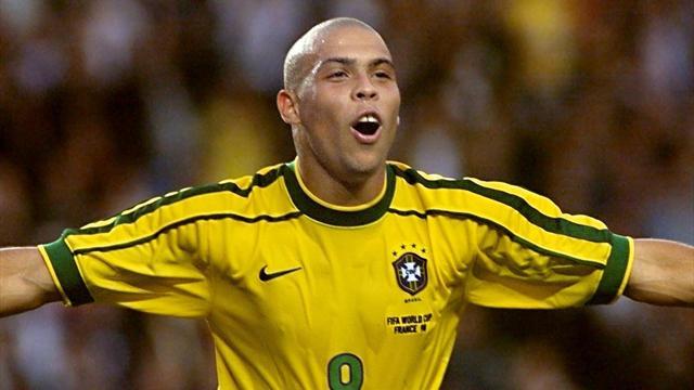 """Quel est le vrai Ronaldo ? Le Brésilien botte en touche : """"C'est un nom qui porte chance"""""""