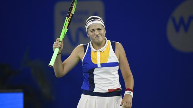 Ostapenko sort au premier tour et inquiète à une semaine de l'Open d'Australie