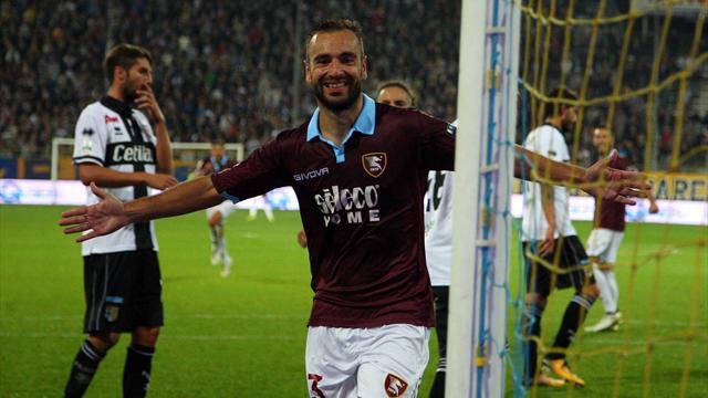 Parma rimontato dalla Salernitana: 2-2 e i ducali finiscono in 9 uomini