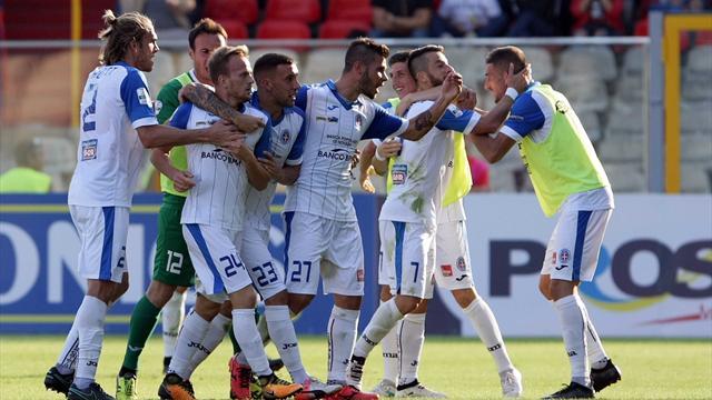 Dickmann aggancia il Foggia all'84': il Novara strappa il pareggio allo Zaccheria