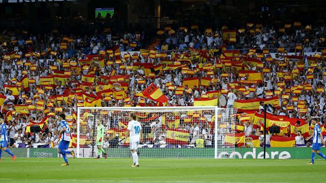 """El minuto patriótico durante el Real Madrid-Espanyol: Banderas y gritos de """"¡que viva España!"""""""