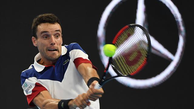 ATP Pekín: Grigor Dimitrov vence a Roberto Bautista por 7-6, 4-6 y 6-2