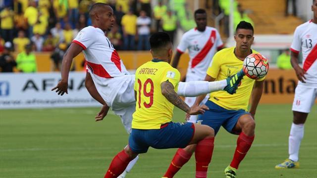 Ecuador aún sueña con Mundial pero abre juicio a directivos y Quinteros