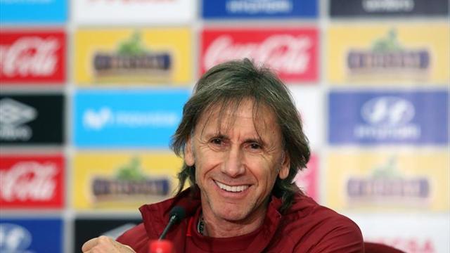 Perú, con 'el Tigre' Gareca, en plena cacería por un cupo al Mundial