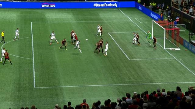 Ситуация: при счете 0:1 твоего кипера удаляют, ты забиваешь 2 гола, а на 90-й минуте вообще ад