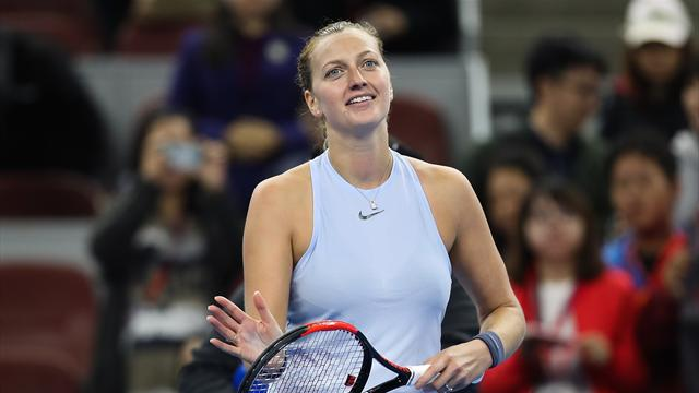 Kvitova defeats Wozniacki to reach quarter-finals