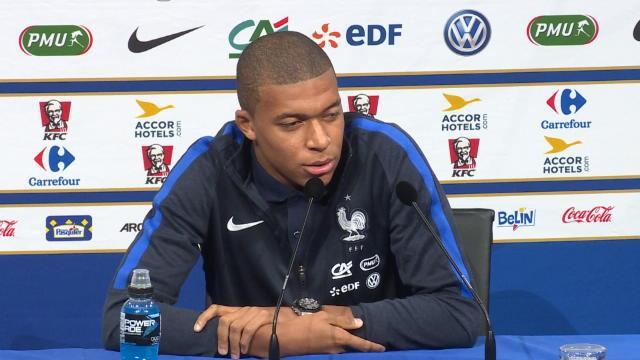 Mbappé : »Le Ballon d'Or ? Neymar peut y penser, moi pas encore»