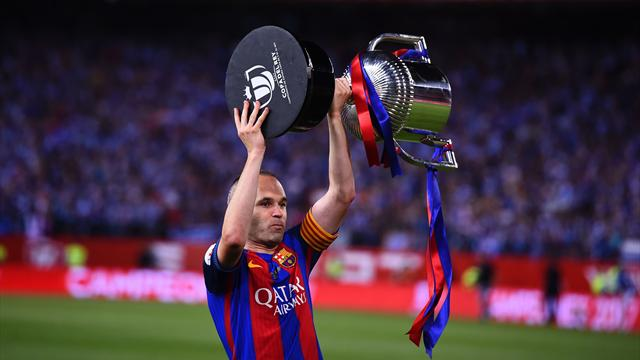 Iniesta signs 'lifetime contract' with Barcelona